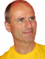 Arjuna Paul Nathschläger im Yoga-Portrait | YogaGuide