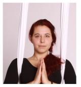 Yogaportrait Sheila Falk | Yoga Guide