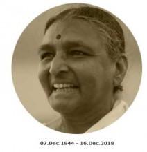 Dr Geeta S. Iyengar 1944 - 2018 | yogaguide