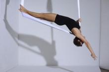 New Skills & Inspiration mit Aerial Yoga Begle Balance | yogaguide