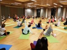 Wann kann ich wieder eine Yogaklasse besuchen?   yogaguide