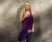 Vinyasa Flow mit Claire Missingham | YogaKula Vienna