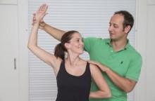 Start Yogatherapie-Ausbildung mit Dr. med. Peter Poeckh | yogaguide